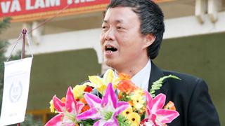 Những vần thơ cảm xúc về ngày nhà giáo của Tiến sĩ Lê Thống Nhất
